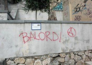 scritta sul muro